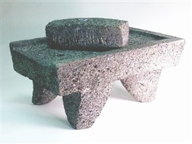 Picture of Metate y Mano Mortar and Ground Stone - Item No. 50409-89732