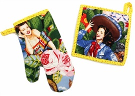 Picture of Hot Calendar Girls Pot Holder and Oven Mitt 2 piece - Item No. mp-ph299-om299